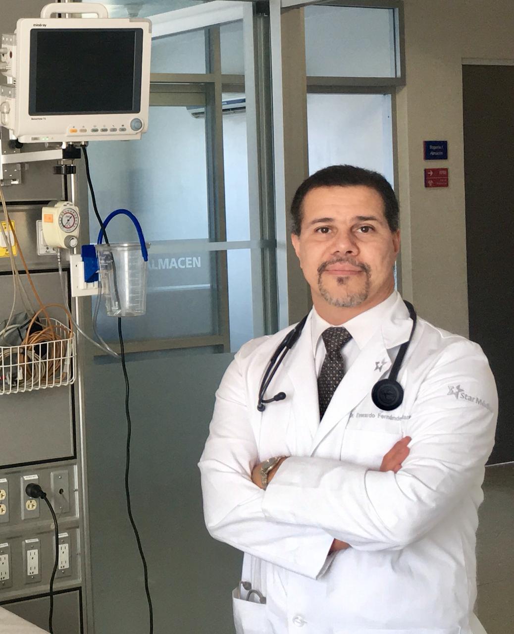 Dr. Everardo Fernández